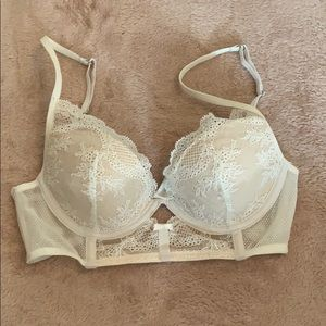 30D nude and white longline lace bra